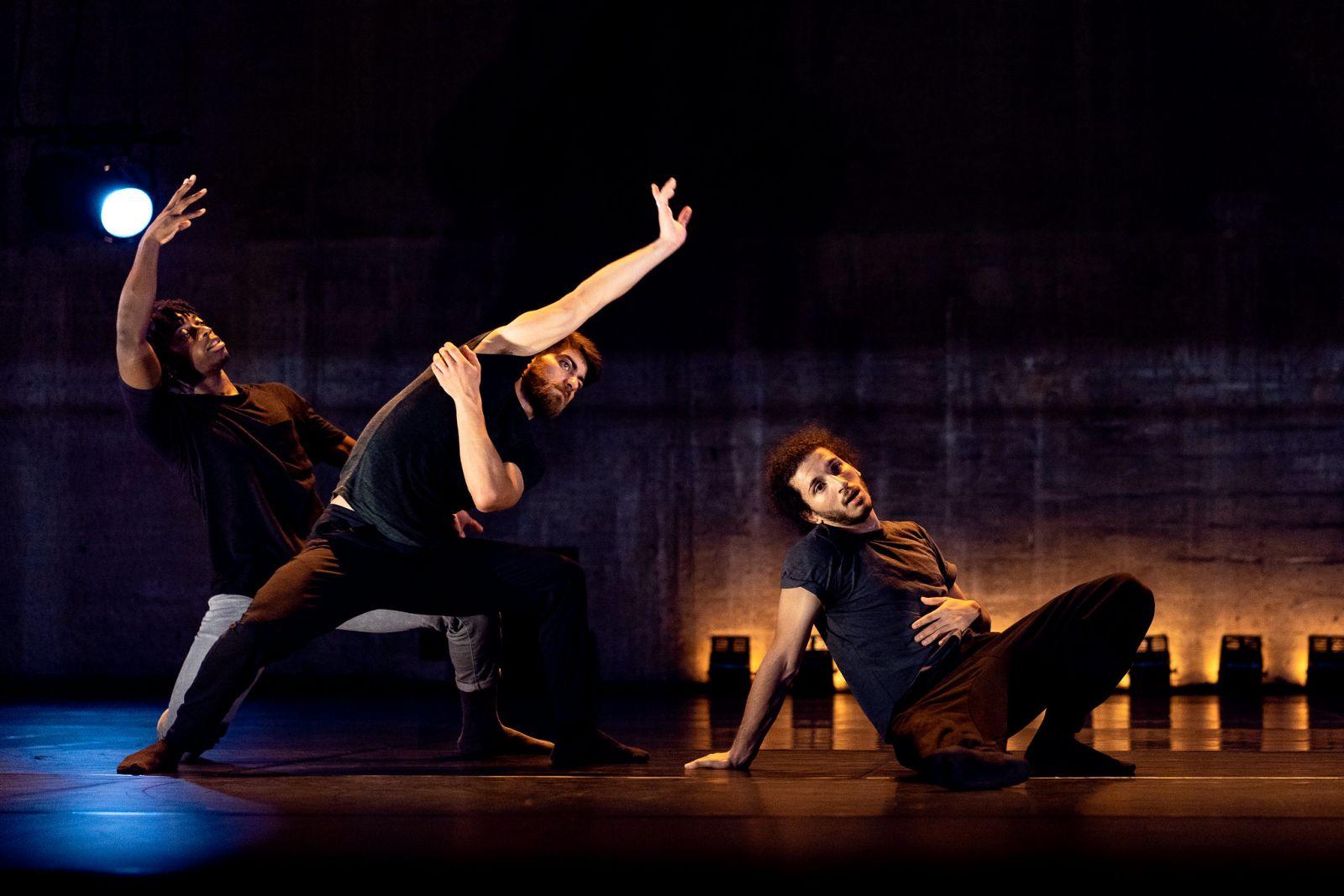 danse2021_hkc_urgence_credit_romain_tissot2.jpg