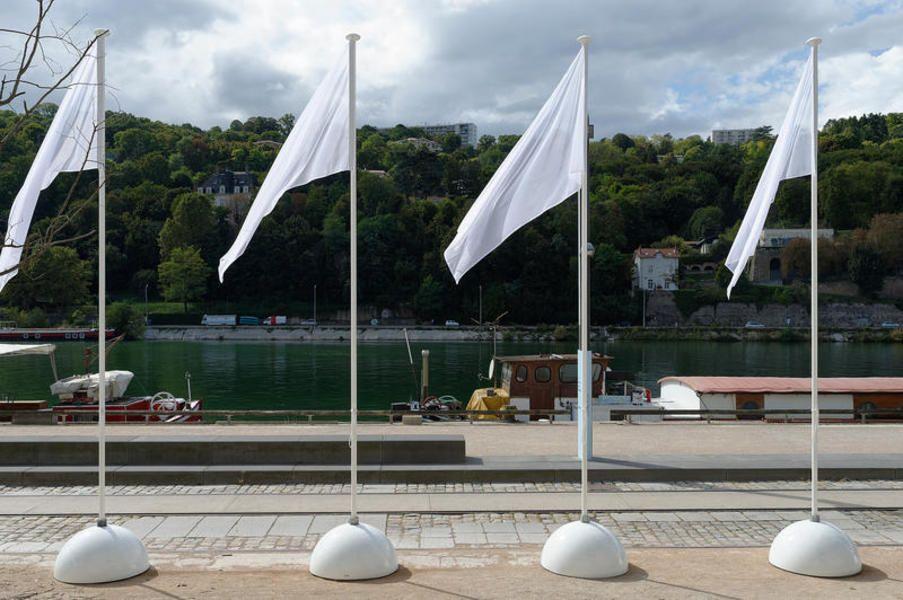 2017 - Marco Godinho / Untitled (Transparents Flags)#3, 2007-2011